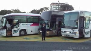 静岡・日本平PAにて。このあたりで西鉄ロゴのバスが3台並ぶとやっぱしインパクトでかいw